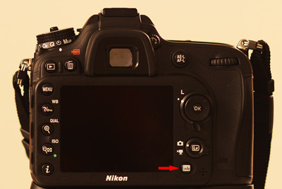 info button on Nikon D7100 DSLR displays all the Camera settings on the LCD monitor